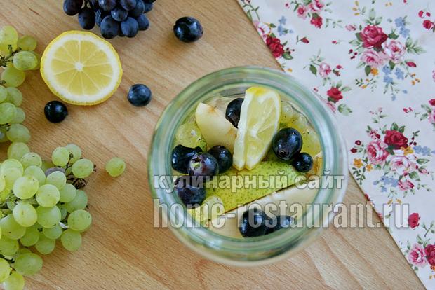 Компот из груш на зиму с виноградом фото_1