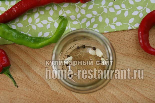 Перец горький маринованный на зиму фото_07