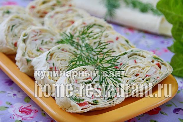 Рулеты из лаваша с сыром и яйцомы с фото