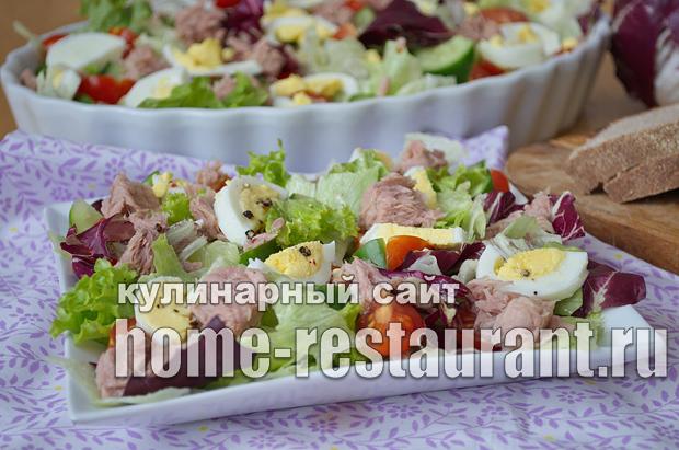 салат из лосося консервированного с огурцом