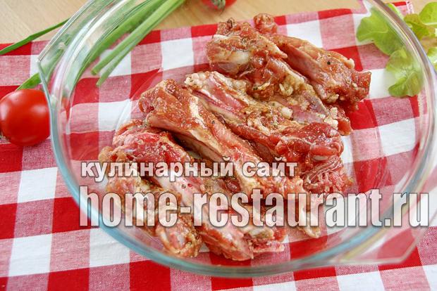 Ребрышки свиные в духовке простой рецепт _4
