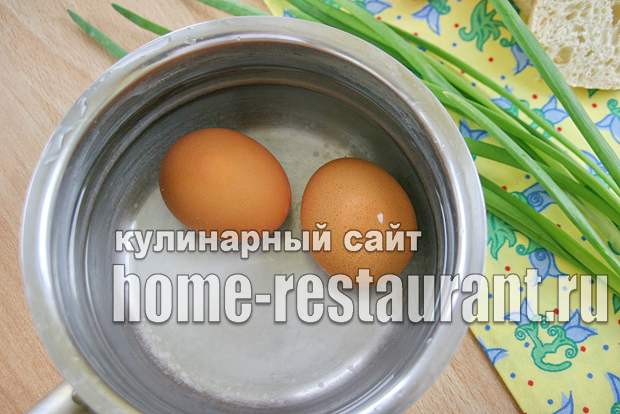 Сколько варить яйца всмятку после закипания _2