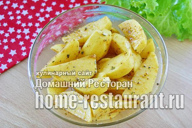 Картошка с румяной корочкой в духовке