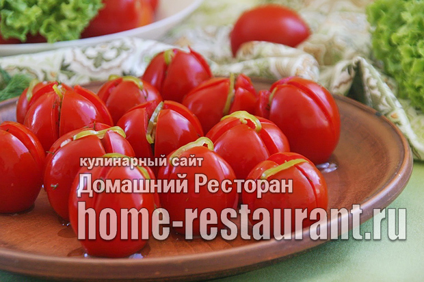 Малосольные помидоры с чесноком и зеленью фото_07
