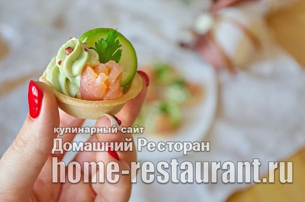 Тарталетки с авокадо и красной рыбой фото_10