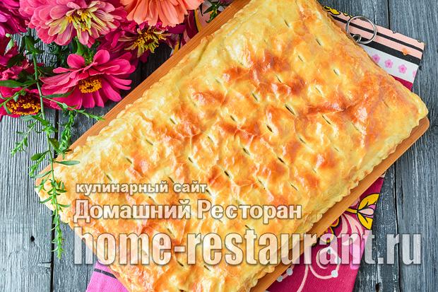 пирог из слоеного теста с фаршем и картошкой фото_06